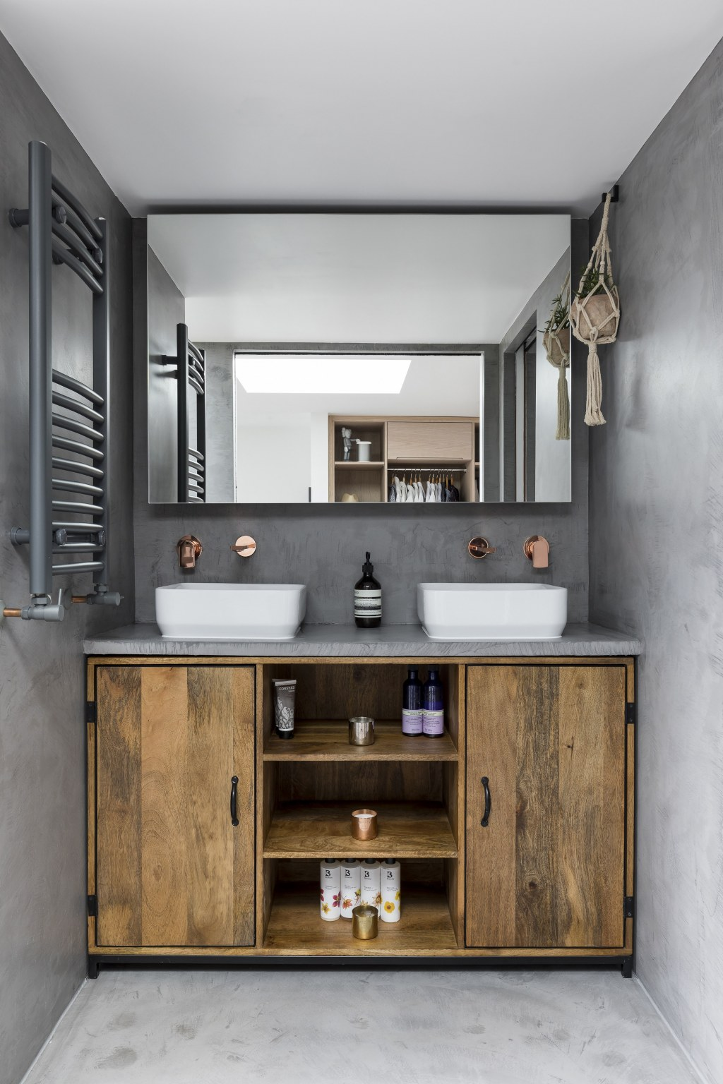 DULWICH LOFT CONVERSION / Dulwich Loft Conversion WC View 2
