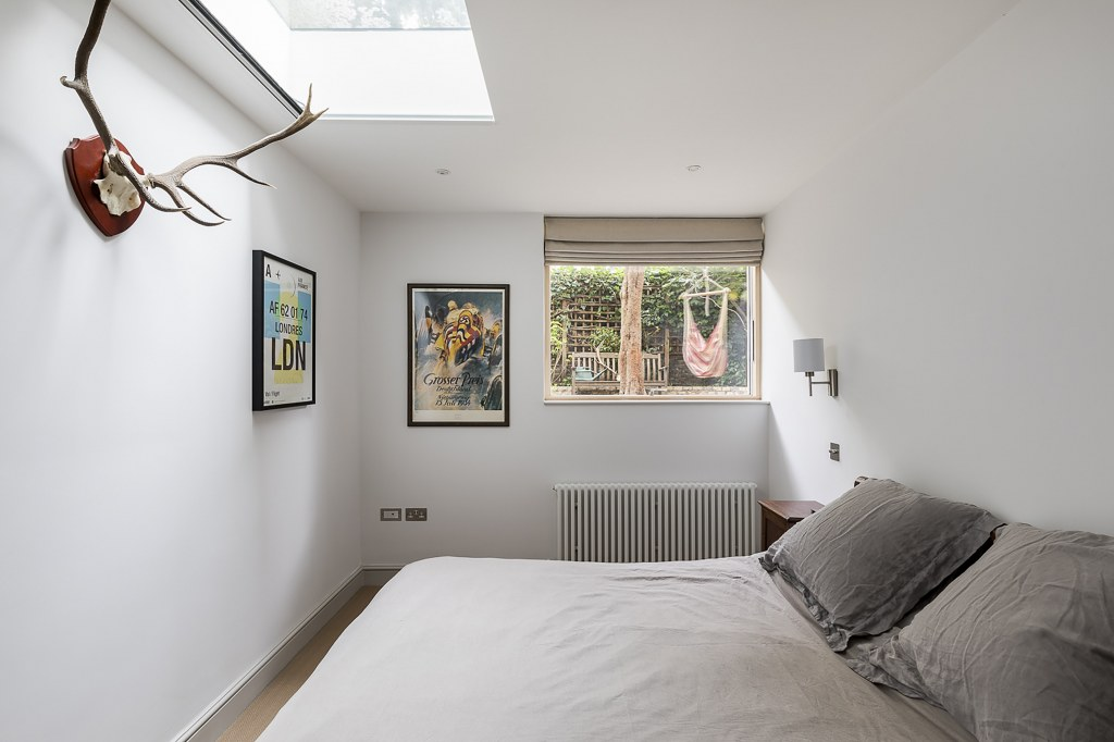 BARONS COURT BASEMENT EXTENSION & REDESIGN / Barons Court Bedroom View 1