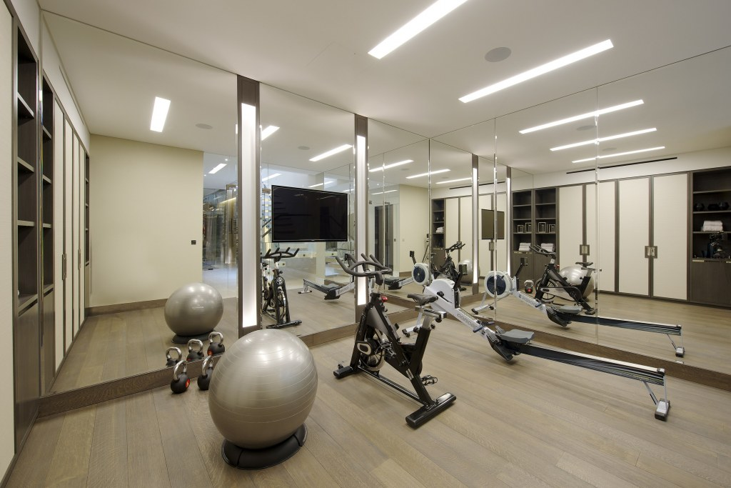 Chelsea Townhouse / Gym