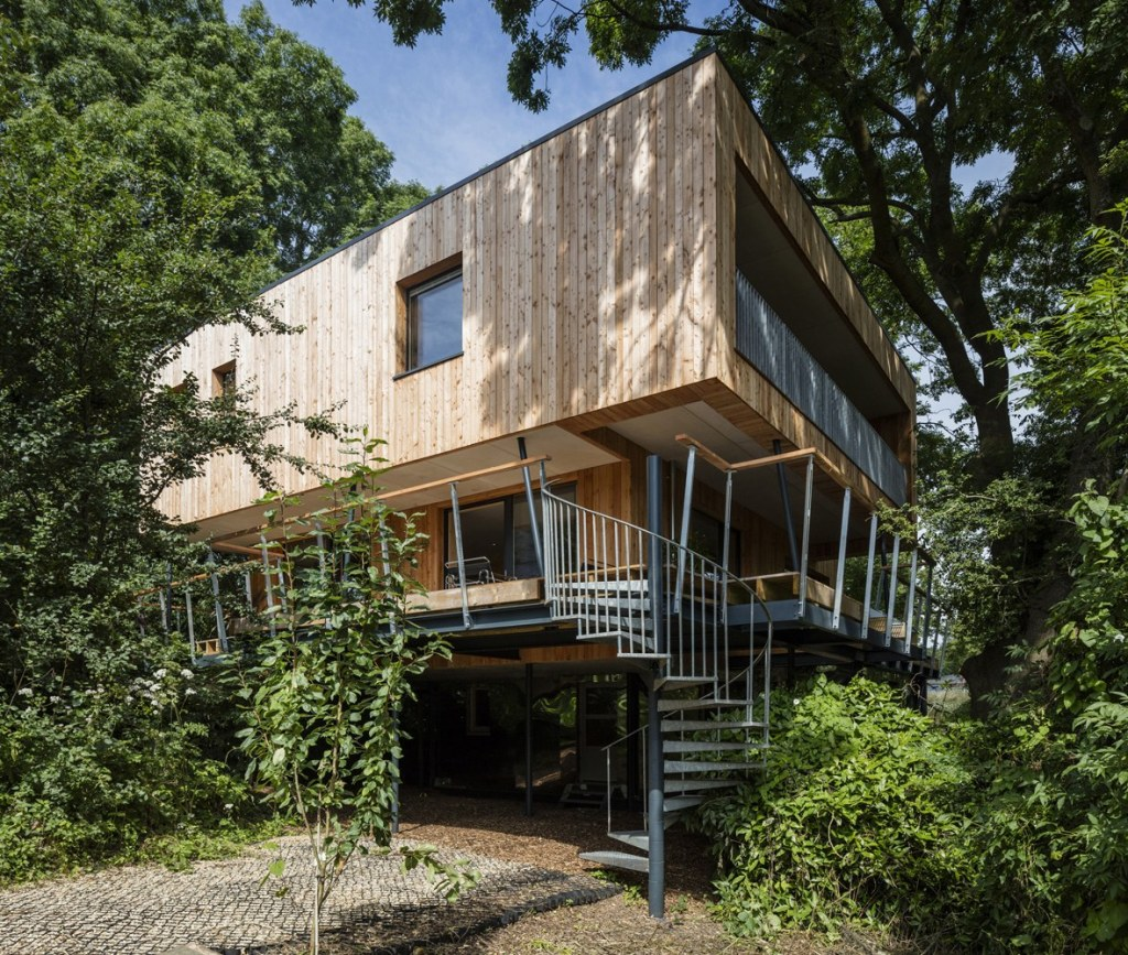 Grand Designs Treehouse / Treehouse