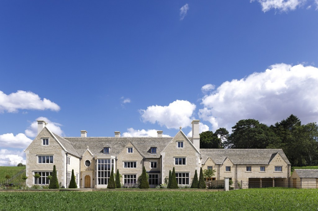 New Country House, Oxfordshire / Front Elevation