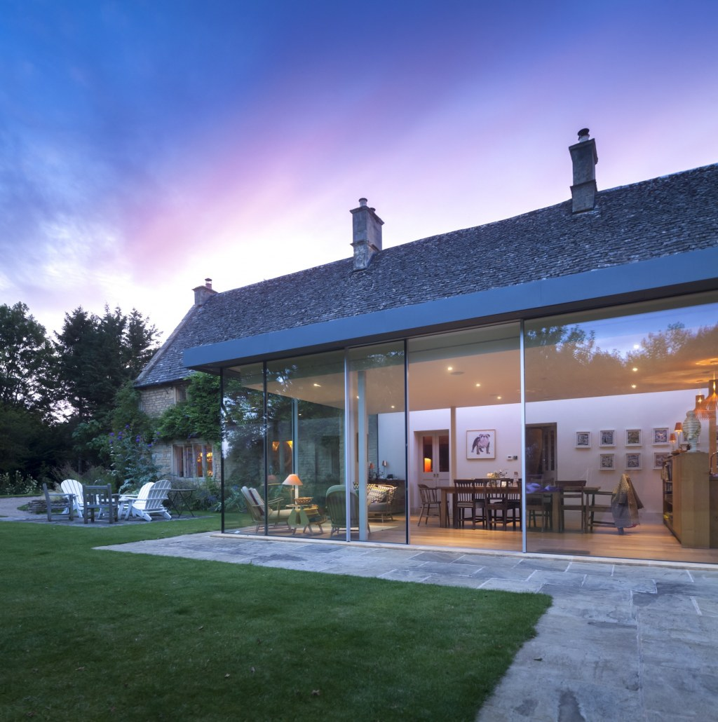 Contemporary Extension / Evening view from the garden