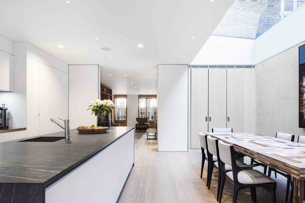 Chelsea Property / Kitchen