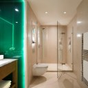 Carlton House / Master Bathroom