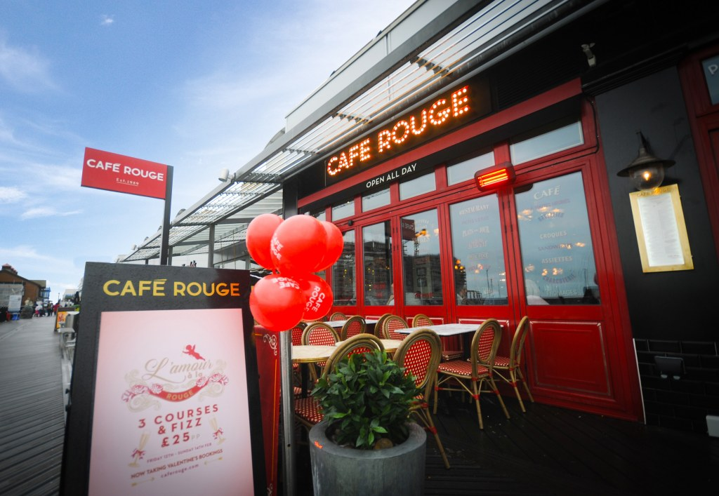 Cafe Rouge / view 1