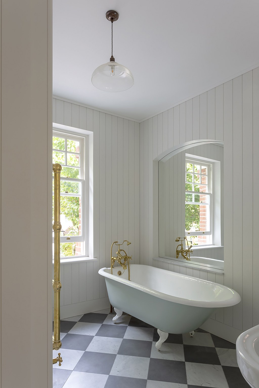 Muswell Hill / Family bathroom - image credit Mary Gaudin, photographer